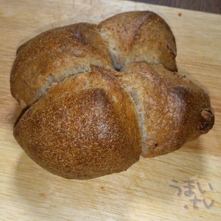 ベッカライ徳多朗 くるみパン