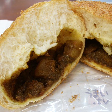 BOULANGERIE LE COQ ビーフカレーパン
