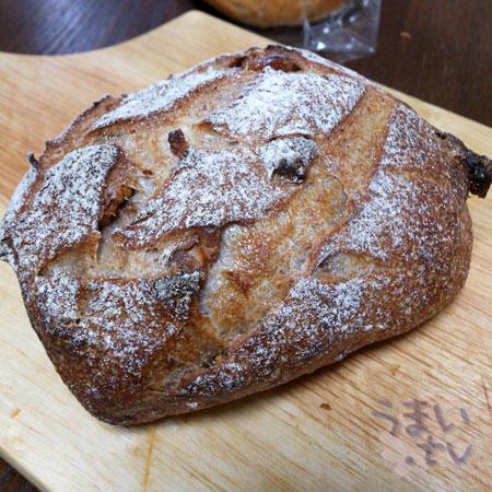 ノア くるみの田舎パン