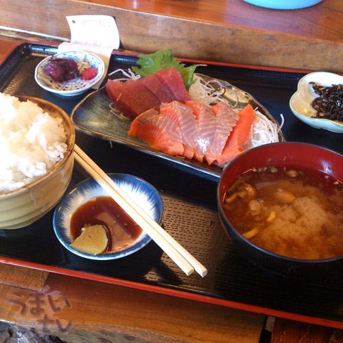 仲町台 定食屋 「まぐろや」 サーモン&マグロ定食