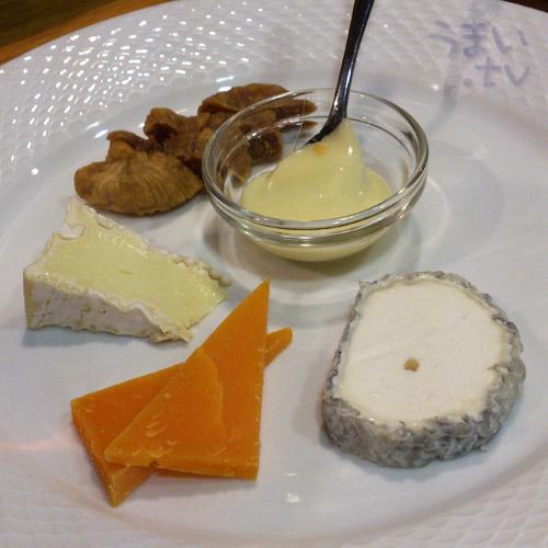 渋谷 IZAKAYA VIN チーズ