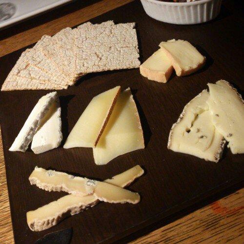 ヴァン ブリュレ Vin Brule チーズ