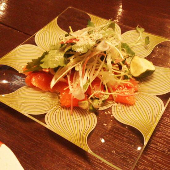 A971 レストラン スモークサーモン