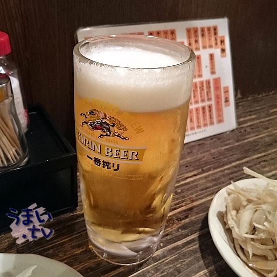 もつしげ 野毛小路 ビール