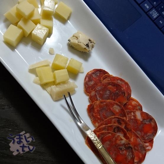 チーズ&チョリソサラミ