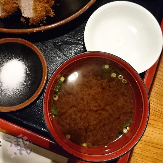 とんかつ稲