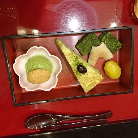 茶カフェ 上辻園 ららぽーと横浜店